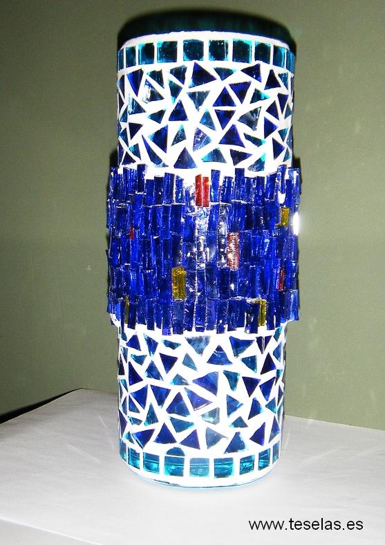Florero en mosaico
